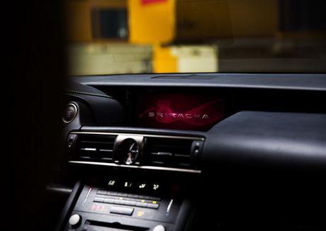 Lexus IS phien ban 'tuong ot' Sriracha doc nhat vo nhi - Anh 7