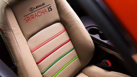 Lexus IS phien ban 'tuong ot' Sriracha doc nhat vo nhi - Anh 9