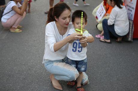 Hai con trai dang yeu, khau khinh cua Dan Le - Khai Anh - Anh 1