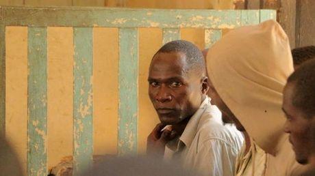 Xet xu ke co HIV duoc thue quan he voi 104 co gai Malawi - Anh 1