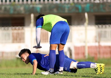 HLV Incheon United hanh phuc xem truc tiep Xuan Truong thi dau - Anh 1