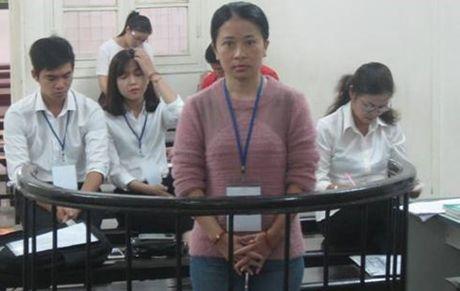 """Lam gia giay to nha dat, """"nu quai"""" lanh an tu - Anh 1"""