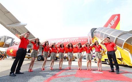 Reuters: Hang hang khong VietJet se IPO vao thang 12 - Anh 1