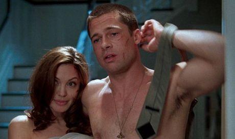 Nhung bi mat khac thuong cua Angelina sap duoc Brad Pitt cong bo? - Anh 1