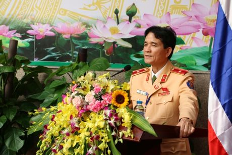 Dai dien CSGT cac nuoc ASEAN tham quan Trung tam dieu khien giao thong Ha Noi - Anh 2