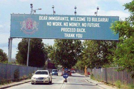 Bulgaria: Bieu tinh doi cach ly nguoi nhap cu - Anh 1
