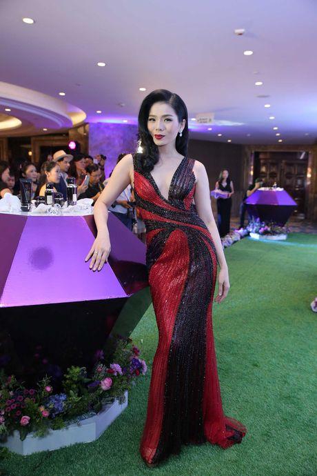 Chi Pu, Thuy Van, Do My Linh long lay voi dam duoi ca noi bat nhat tuan qua - Anh 9