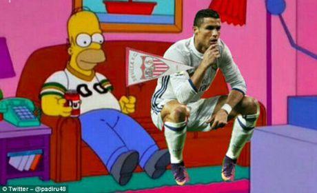 Ronaldo an mung kieu moi: Cong dong mang phat sot - Anh 7