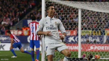 Tieu diem V12 La Liga: Barca khon kho, Ronaldo thang hoa - Anh 2
