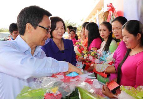 Vinamilk tien phong mang chuong trinh sua hoc duong den voi tre em Dak Nong - Anh 4
