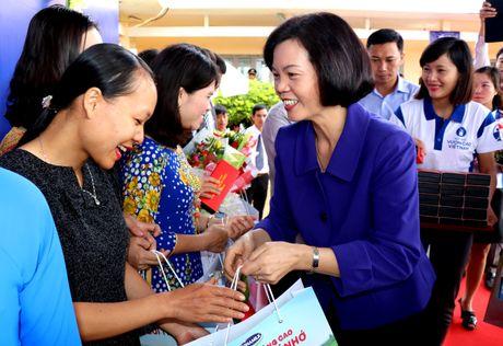 Vinamilk tien phong mang chuong trinh sua hoc duong den voi tre em Dak Nong - Anh 7