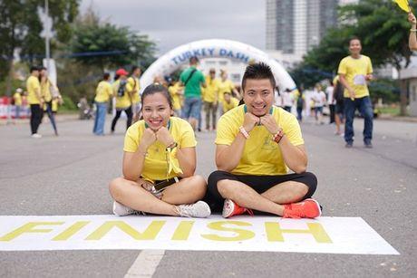 Mai Ngo, Lilly Nguyen, Nam Em cung dan nghe si chay bo tu thien - Anh 15