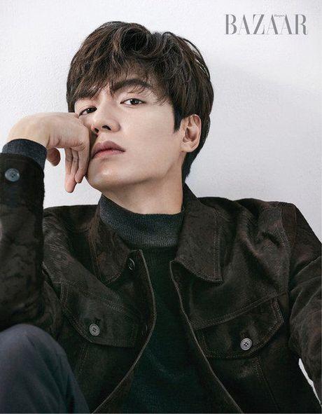 Ve dep trai bay bong cua Lee Min Ho khien fan nu ngay ngat - Anh 4