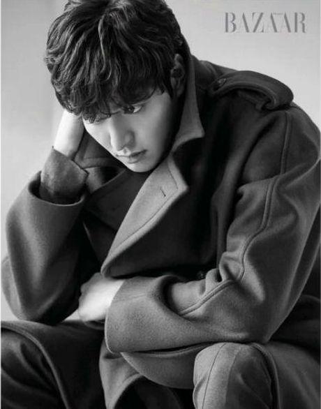 Ve dep trai bay bong cua Lee Min Ho khien fan nu ngay ngat - Anh 6