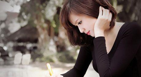 3 ly do phu nu cang thong minh cang kho tim ban doi - Anh 1