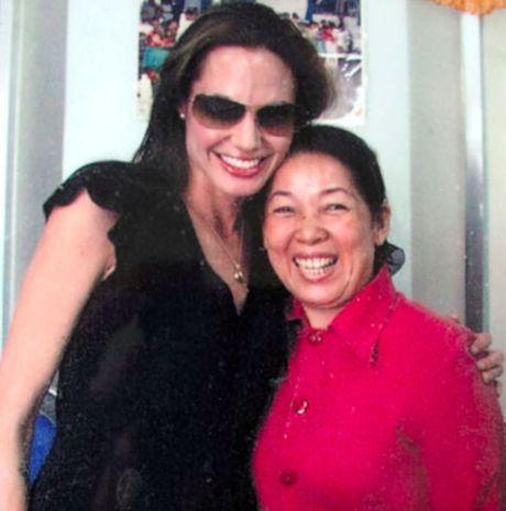 Angelina Jolie that hua khi khong dua Pax Thien ve Viet Nam - Anh 3