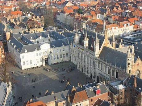 Bruges - ngoi lang binh yen me hoac long nguoi - Anh 3