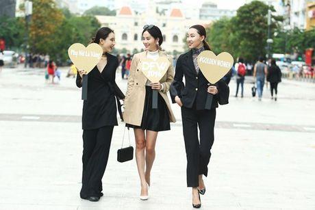 Xuan Lan va dan chan dai cam bang hashtag ton vinh nu quyen tren pho di bo - Anh 13