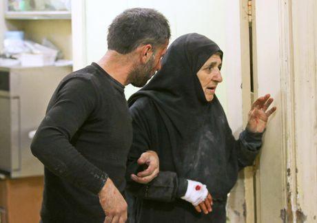 Mau va nuoc mat van roi noi 'chao lua' Aleppo - Anh 10
