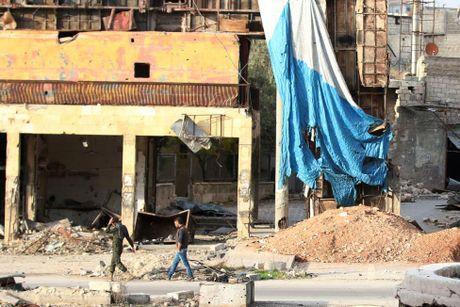 Mau va nuoc mat van roi noi 'chao lua' Aleppo - Anh 4
