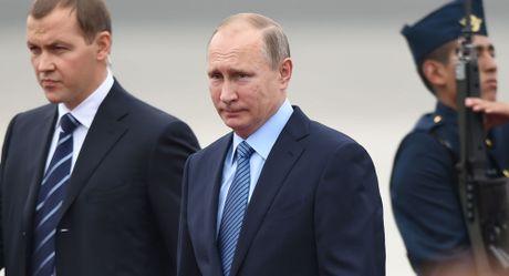 Ong Putin chinh thuc len tieng vu bat giu Bo truong kinh te - Anh 1