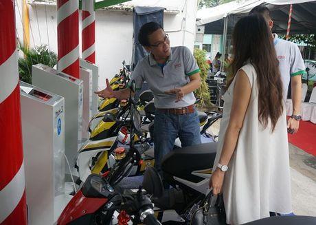 Bosch ra mat he thong xe may dien cong dong - Anh 2