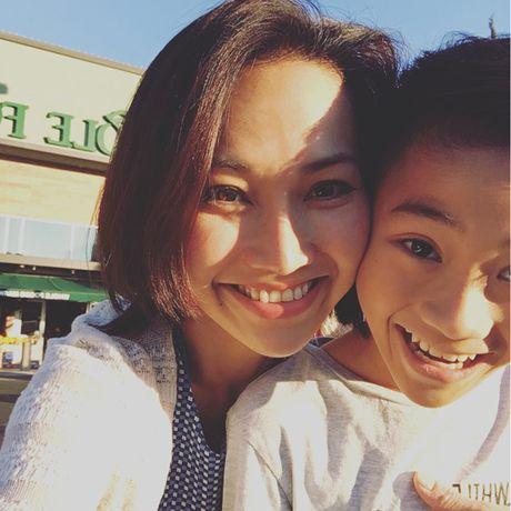 Con gai Kim Hien cang lon cang lem linh - Anh 12