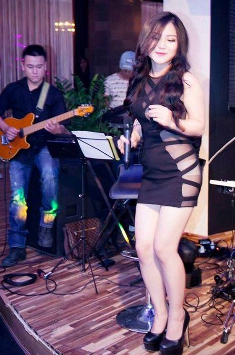 3 loi thoi trang lon ma cac my nhan showbiz Viet hay mac phai - Anh 12