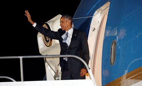 Obama muon dua vo di nghi sau khi roi Nha Trang - Anh 1