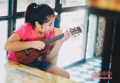 Dan ukulele - thu vui moi cua gioi tre thanh Vinh - Anh 2