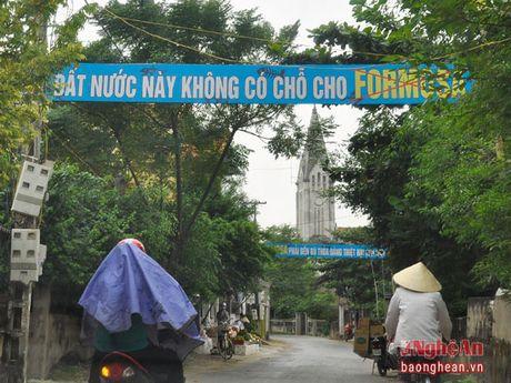 Linh muc Dang Huu Nam da lam gi o giao xu Phu Yen? - Anh 1