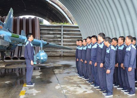 Su-22 Viet Nam thanh sat thu danh bien sau nang cap - Anh 1