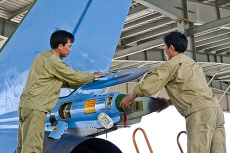 Su-22 Viet Nam thanh sat thu danh bien sau nang cap - Anh 4