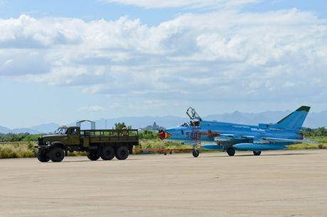 Su-22 Viet Nam thanh sat thu danh bien sau nang cap - Anh 6
