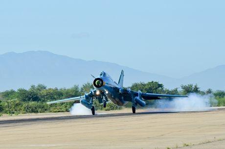Su-22 Viet Nam thanh sat thu danh bien sau nang cap - Anh 7