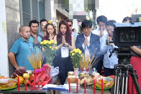 Minh Hang buc xuc vi bi loi dung ten tuoi: 'Toi khong tham gia vao bo phim do!' - Anh 2