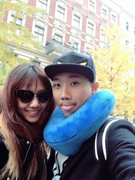Mac thiep cuoi bi ro ri, Hari Won van 'khoe' clip Tran Thanh nhuong cho cho meo - Anh 7