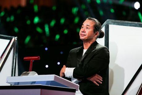 Thanh vien It's Time tai xuat khien 4 HLV 'dau da' tren ghe nong Bai Hat Hay Nhat - Anh 4