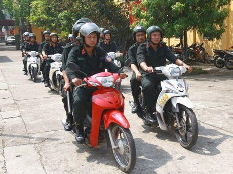 Canh sat trat tu- Cong an Ha Noi: No luc vi su binh yen thanh pho - Anh 1
