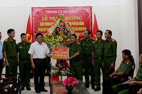 Thuong 'nong' ban chuyen an triet pha doi tuong lua dao qua Facebook - Anh 1