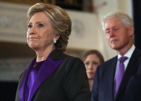 Ba Clinton hon ong Trump gan 1,5 trieu phieu pho thong - Anh 1