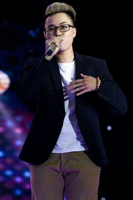 Chang trai cong khai la nguoi chuyen gioi o Sing My Song - Anh 1