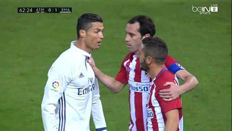 Cristiano Ronaldo: 'Dung, tao dong tinh nhung rat giau co' - Anh 1