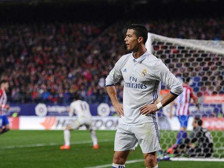 Cristiano Ronaldo: 'Dung, tao dong tinh nhung rat giau co' - Anh 2