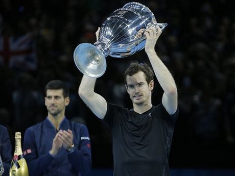 Andy Murray vo dich ATP World Tour Finals: Phia truoc la bau troi - Anh 2