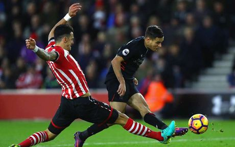 Doi hinh xuat sac nhat vong 12 Premier League: Costa duoc vinh danh - Anh 5