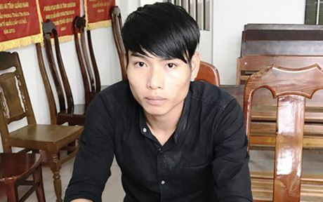 Khoi to thanh nien dam chet nguoi o tiec sinh nhat - Anh 1