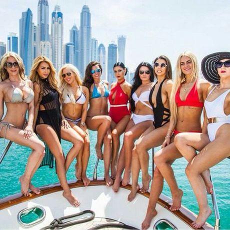 Cuoc song vuong gia cua cong chua giau co nhat Dubai - Anh 8