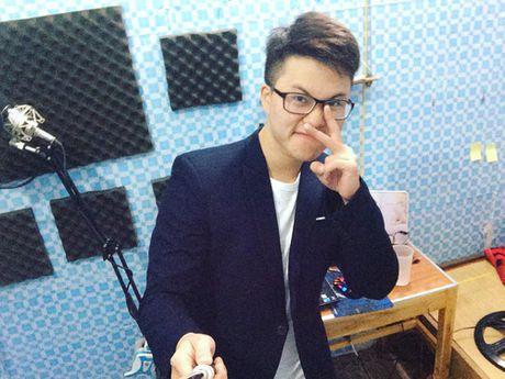 Hotboy 'Ong ba anh' va diem trung hop voi nguoi yeu MC VTV - Anh 3