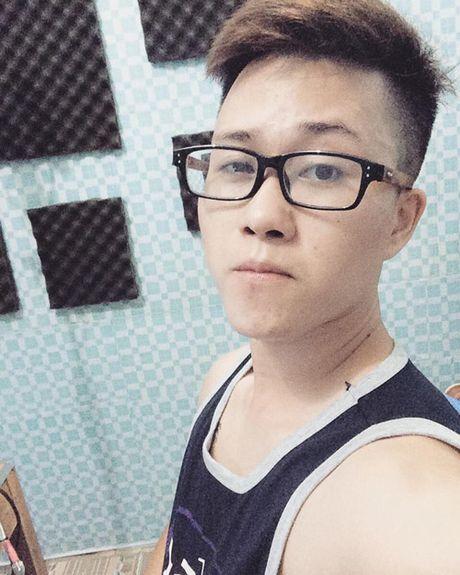 Hotboy 'Ong ba anh' va diem trung hop voi nguoi yeu MC VTV - Anh 7